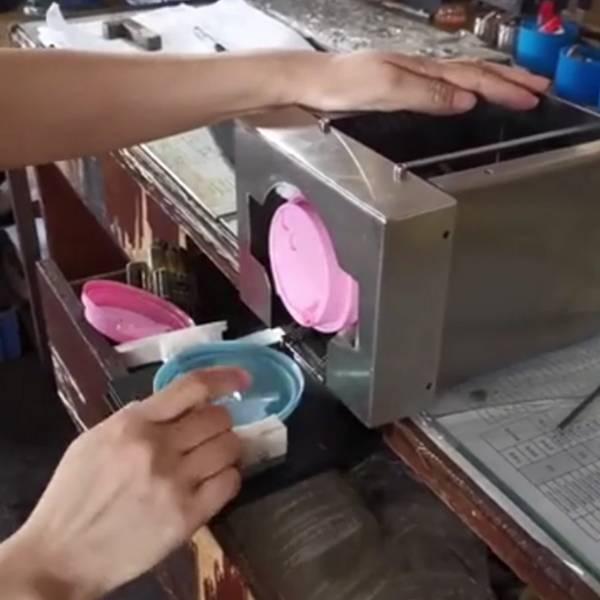 A new partner for vending machine-cup lid dispenser